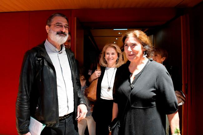 O  καλλιτεχνικός Διευθυντής της ΕΛΣ Γιώργος Κουμεντάκης, η Δ/ντρια ΕΚΕ Ομίλου ΕΛΠΕ Ράνια Σουλάκη και η Προέδρος του ΚΠΙΣΝ Λυδία Κονιόρδου
